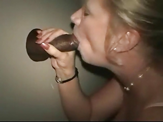grownup babe at the gloryhole
