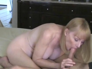 mother id enjoy to pierce gets a creampie from