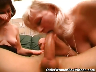 cock sucking grannies