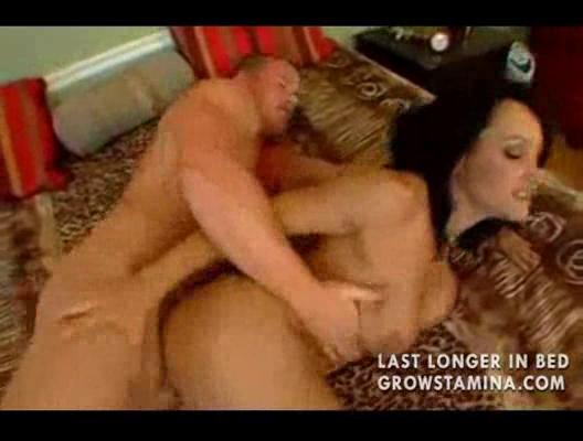 busty mother banging step son02