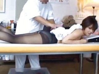 jap lady obtains sensual massage