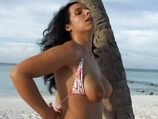ideal latina german chick woman lovely sloping