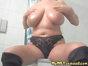 naked mother id enjoy to fuck with biggest tits