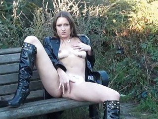 beautiful european mature babe randy dildoing