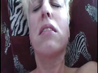 heavy older  housewife obtains her first orgasm