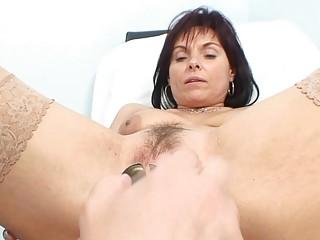 classy mature babe amp acquires her elderly