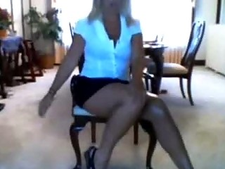 amp lady woman exposes on webcam