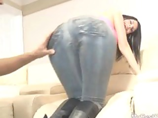 spandex milf enjoy face sitting
