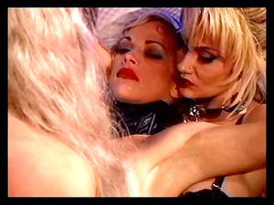 lesbians getting a threeway