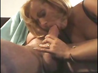 english albino milf spreads her foot fat for an