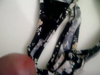 cuming into my mothers panty