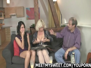 angel obtains screwed by her bfs family
