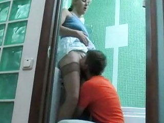 teenager found his neighbors maiden into tub all