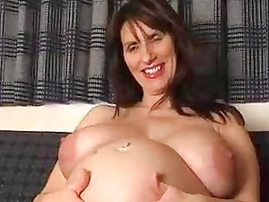 pregnant fresh milf spreads her gaping vagina