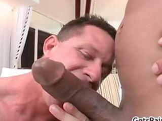 grown-up muscle man sucking dark dick part5