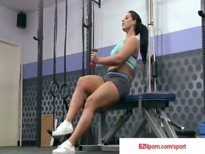 04-big boobs in sports