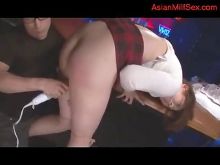 milf with big butt obtaining her cave stimulated