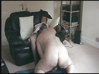 elderly pleases remembering her tasting