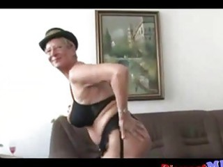 nasty euro old with glasses gets drilled