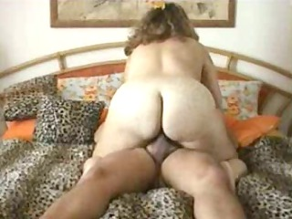 chubby housewife driving cock