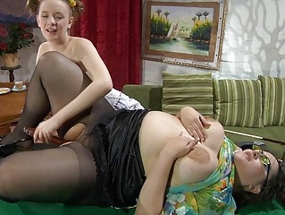 inexperienced and older  brunette lezzie fisting